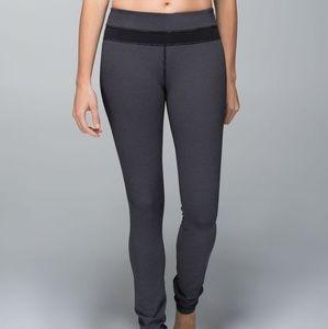 Lululemon Skinny Groove Pants in Diamond Dot